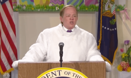 WATCH: Melissa McCarthy Nails Sean Spicer's Hitler Apology Mess